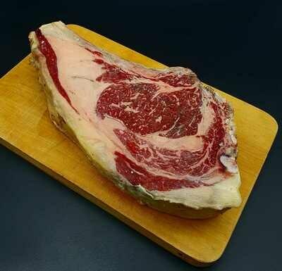 Chuleton de Vaca Rubia Gallega Summum - Galicische blonde rundvleesribeye  Summum 1,6 Kg ( meer 21 dagen rijping)