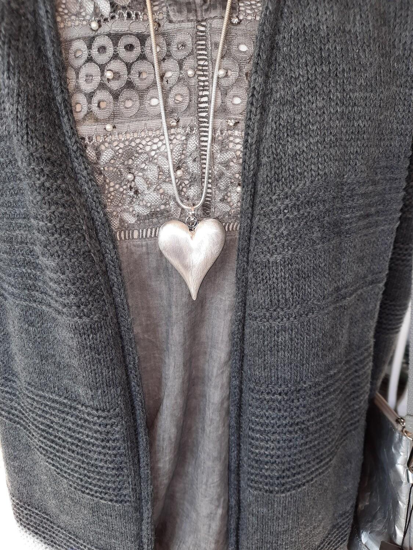 """Halskette mit  """"Herz-Anhänger"""""""