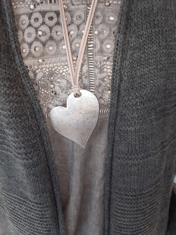"""Halskette Leder  mit  """"Herz-Anhänger"""""""
