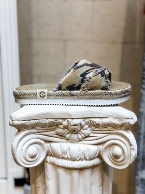 Camouflage Flatform Sandal