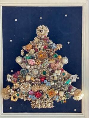 Lighted Vintage Jewelry Tree