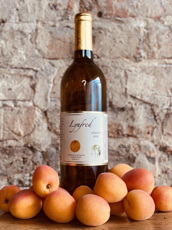 Lynfred Winery Apricot-Bottle