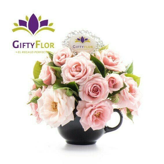 Arreglo de flores Naturales Arreglo en taza de Té