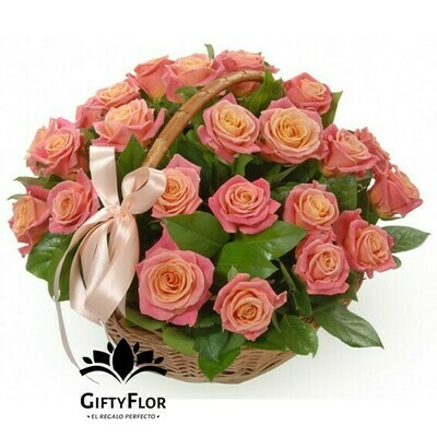 For me to you | Arreglo de rosas luxury | Giftyflor