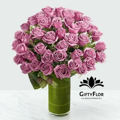 Stiva | rosas malva en florero | Giftyflor
