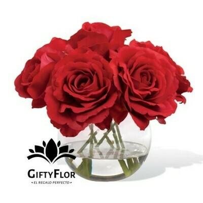 Beatriz | Arreglo con 10 rosas en pecera | Giftyflor