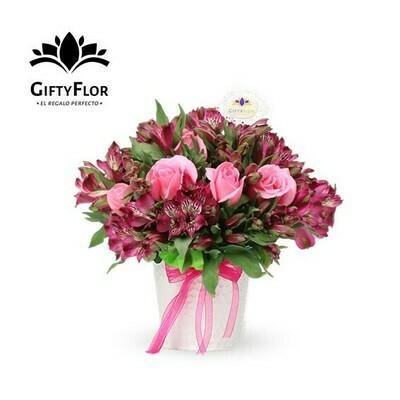 Solt | Arreglo de Rosas y astromelias lilas | Giftyflor