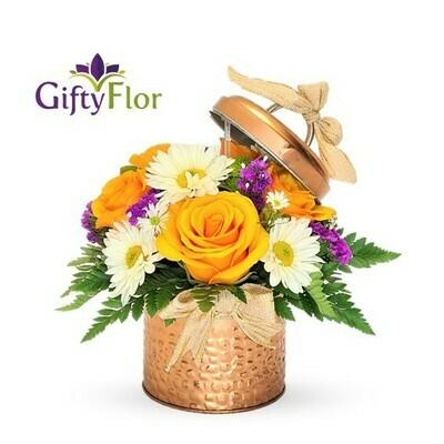 Anisa | Arreglo con Flores en bombonera de metal