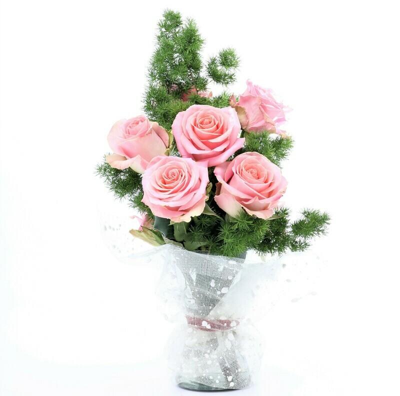 Mary | Rosas en florero | Giftyflor