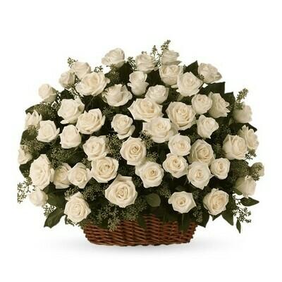 White Princess | Arreglo Luxury rosas en canasta