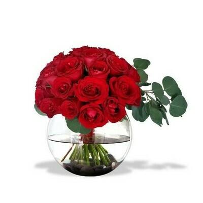 Beatriz | Arreglo con 10 rosas en pecera redonda