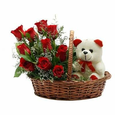 Dulce Amor | Arreglo de rosas y peluche