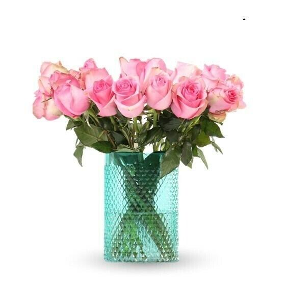 Glem Arreglo de Rosas rosadas en florero de color