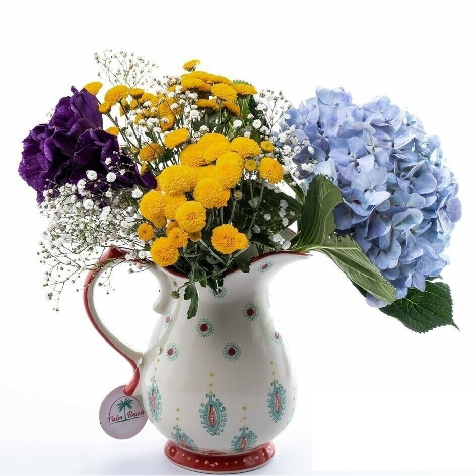 Tina Margaritas y Hortensias en jarra cerámica