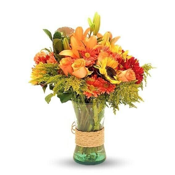 Just You Girasoles Rosas y Lirios en florero