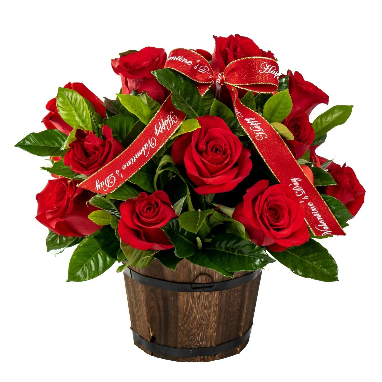 Zoe Arreglo de 16 rosas rojas en barrilito de madera