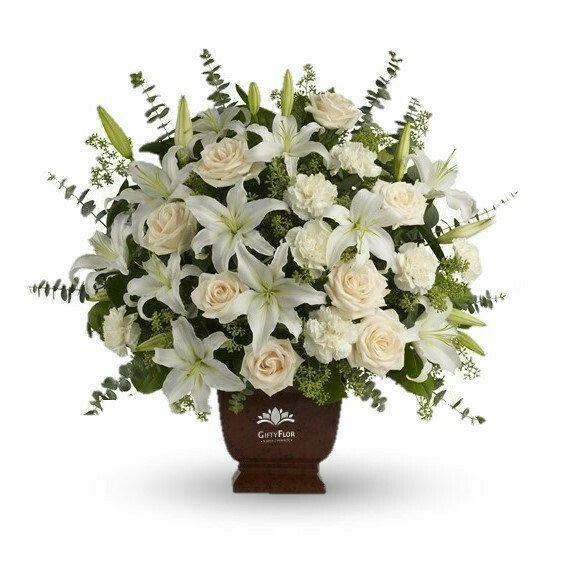 Lirium passion Rouse Arreglo con rosas y lirios