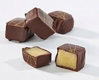 Марципан в тёмном шоколаде / 30 грамм