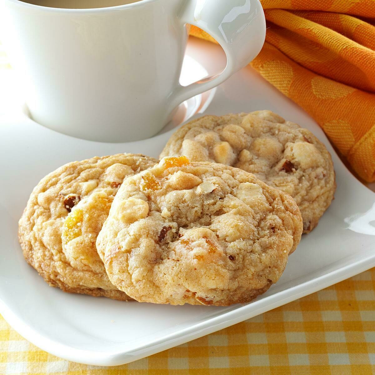 Apricot And Almond Cookie Per Piece