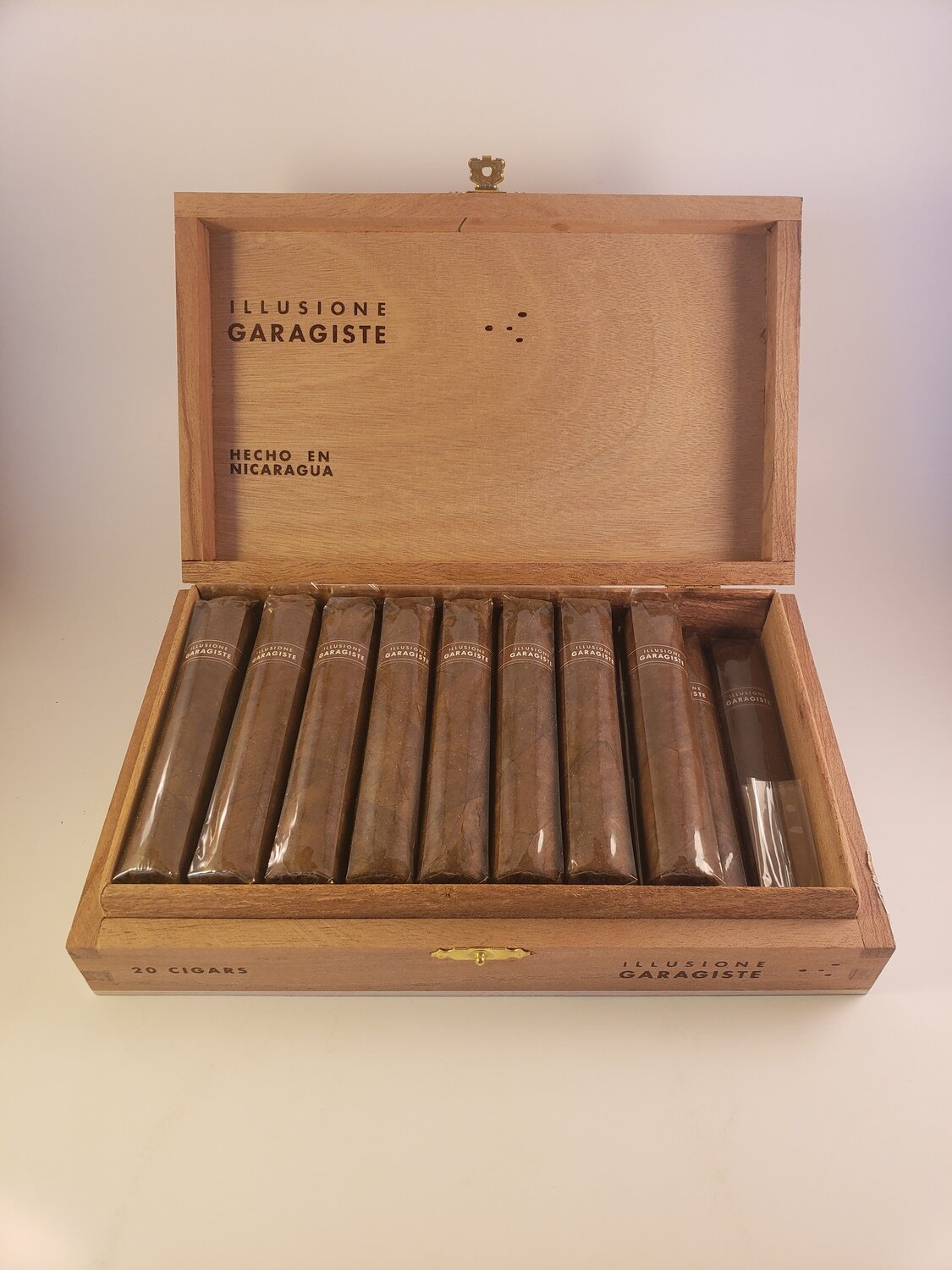 Illusione Garagiste Toro 6 x 52 Single Cigar