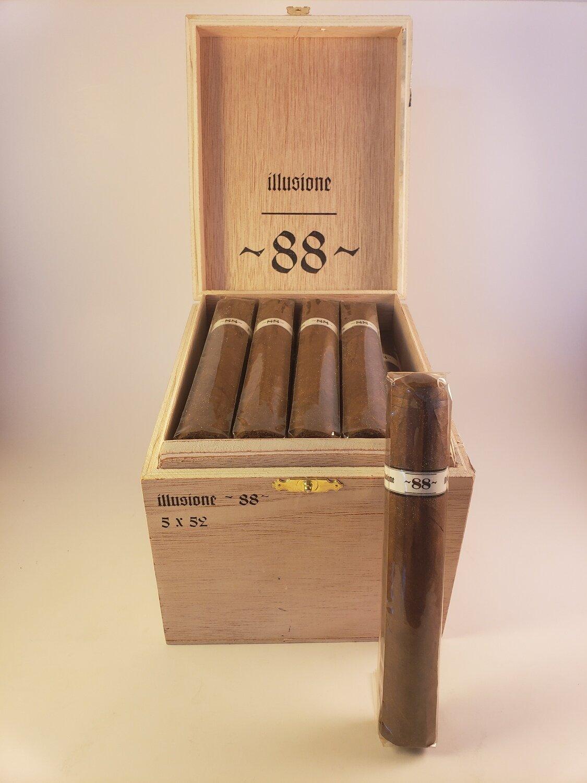Illusione Original Documents Corojo 888 Churchill 6 3/4 x 48 Single Cigar