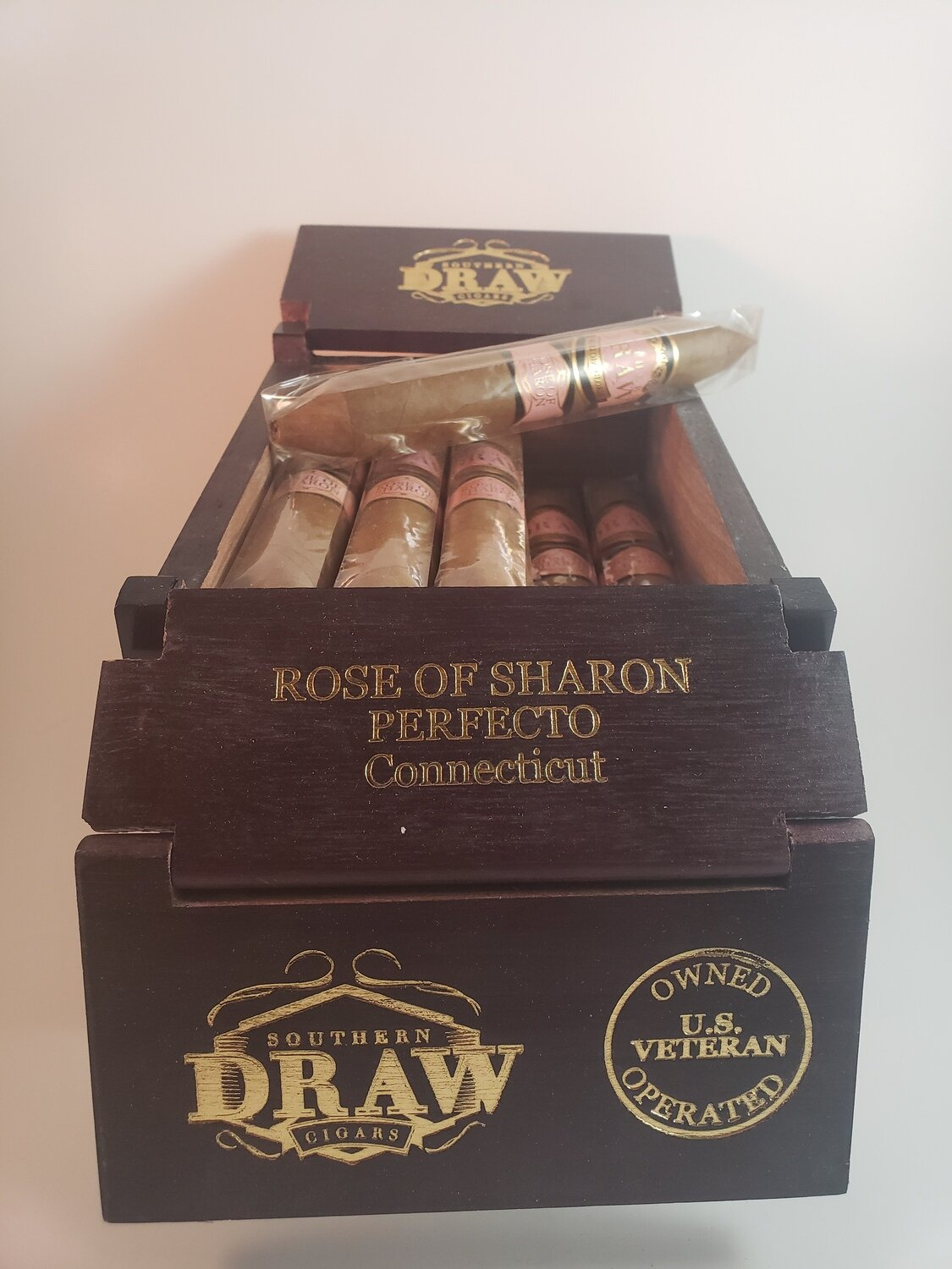 Southern Draw Rose of Sharon Robusto 5 1/2 x 54
