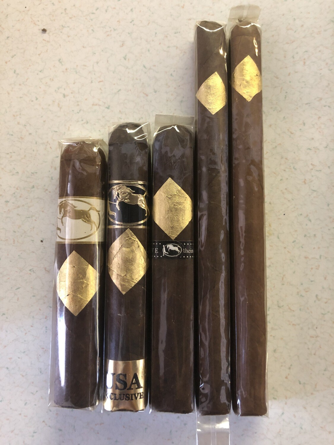 5 Pack Smoke Gold Stay Gold Taste of Cavalier Sampler of 5 Cigars