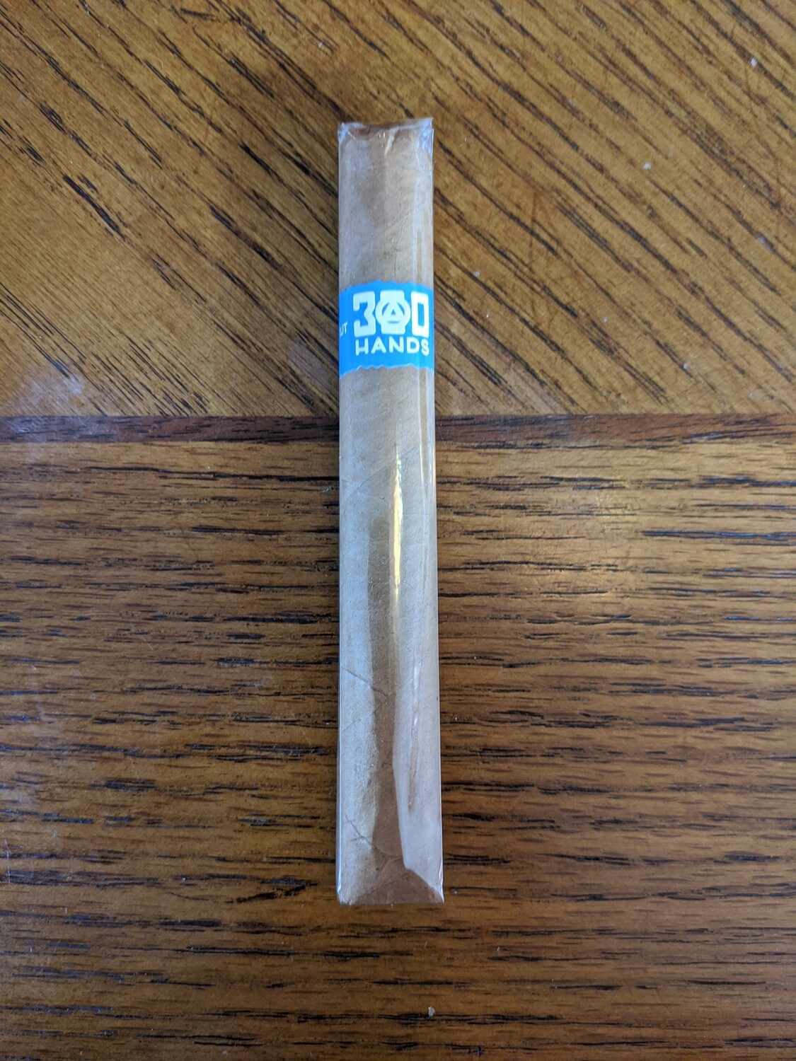 Southern Draw 300 Hands Connecticut Coloniales 5 1/4 x 44 Single Cigar
