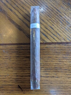 Illusione Singulare Seven Horns 6 3/4 X 52 Single Cigar