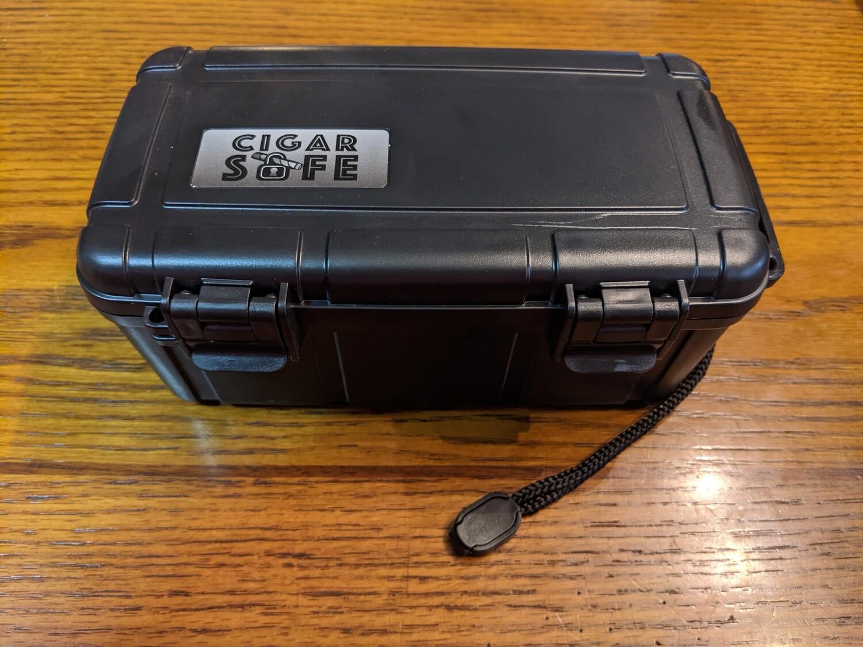 Cigar Safe 15 Count Travel Humidor Black