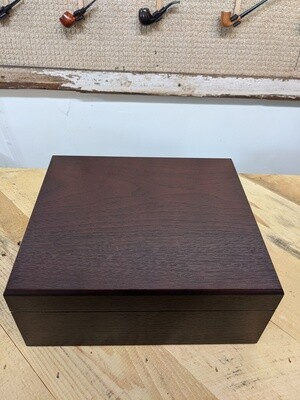 Walnut 25 - 50 Count Humidor