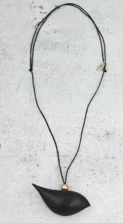 Sylca Black Robin Neck