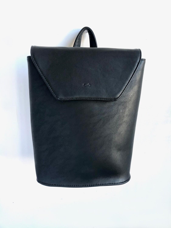 hallie backpack - black