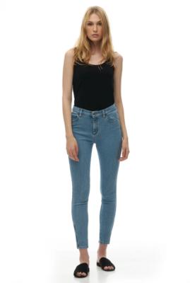 Yoga Jeans - Rachel Skinny Jean / Polaroid