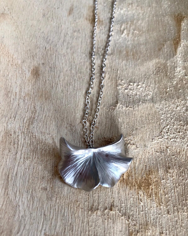FRUG Ginko Leaf Necklace