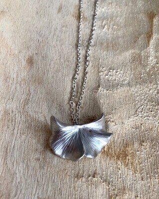 FRUG Ginko Leaf Necklace