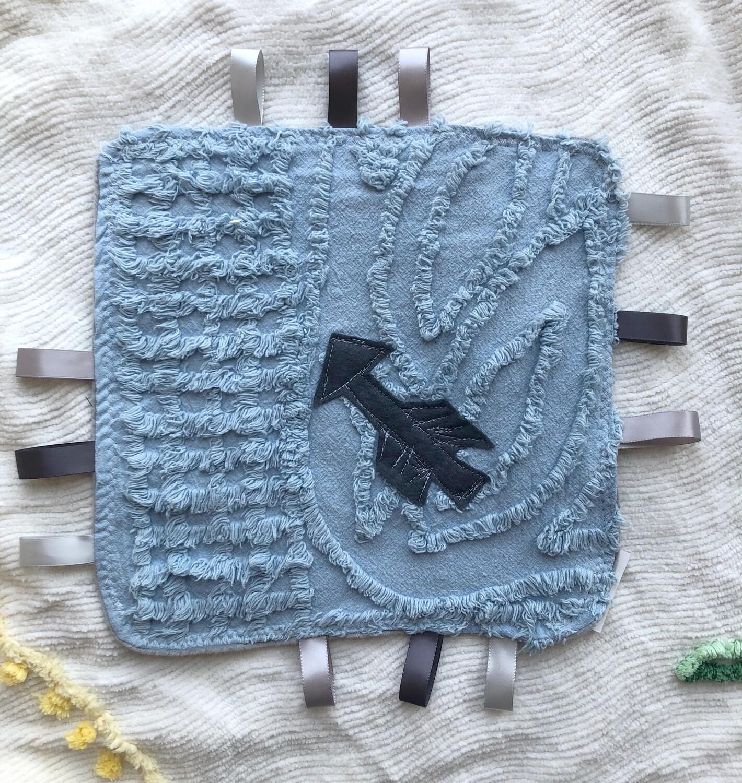 Moxie & Zab - Tag-a-Long Blanket ~ Arrow on Blue Chenille