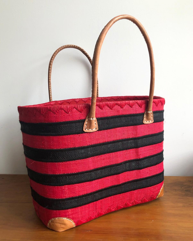 Madagascar Basket - Red & Black Stripe