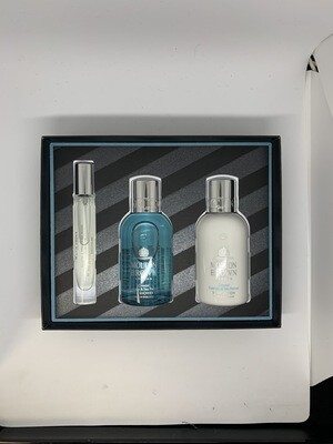 Molton Brown Coastal Cypress and Sea Fennel Pack