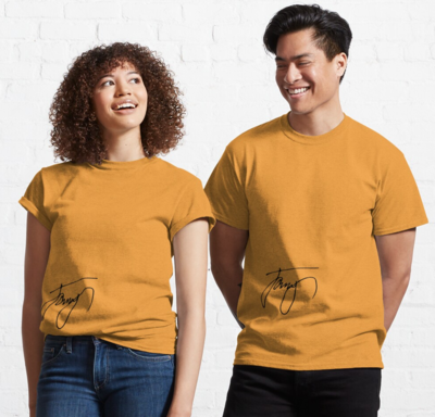 James Insignia Golden Essential T-Shirt