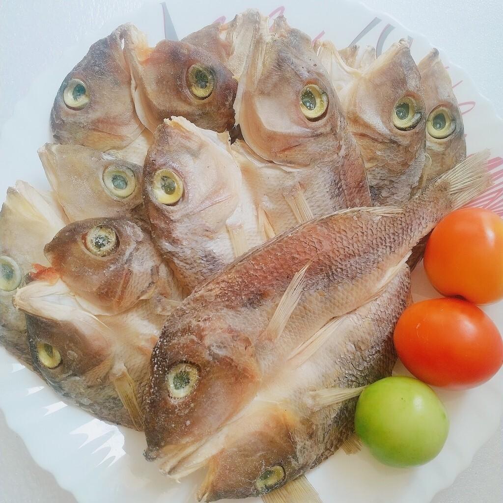 Dried Fish Katambak (250g)