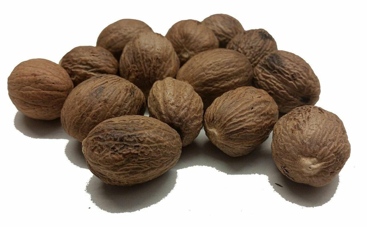 Nutmeg Whole (Jayphal) 6Pcs