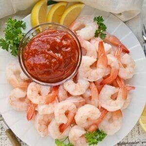 Appetizer, Shrimp with cocktail sauce