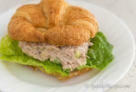 Tuna Salad croissant with fresh fruit