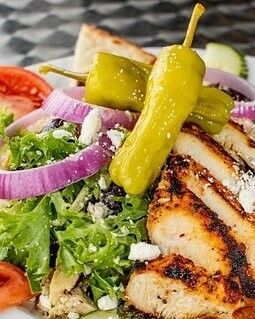Sweet Italian Salad topped with Grilled chicken breast, single serve