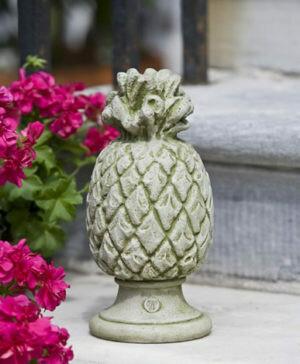 Williamsburg Pineapple Finial - AL