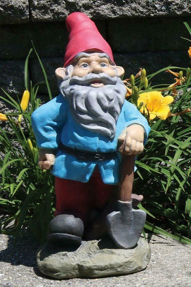 Lazy Daze Gnome - Shovel (83)