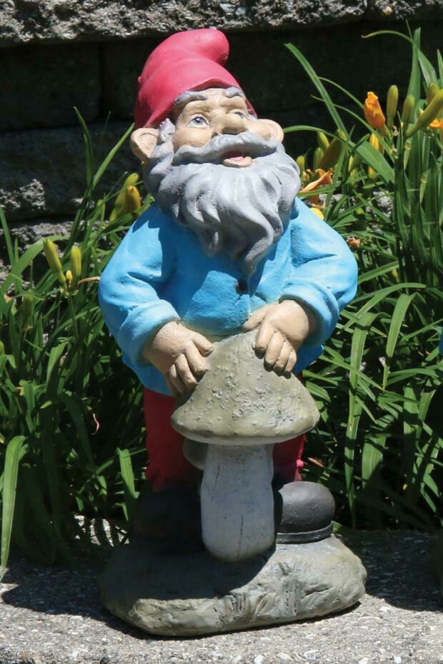 Lazy Daze Gnome - Mushroom (83)