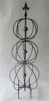 """Triple Sphere Topiary 49"""""""