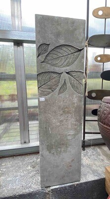 Hydrangea Leaf Pedestal